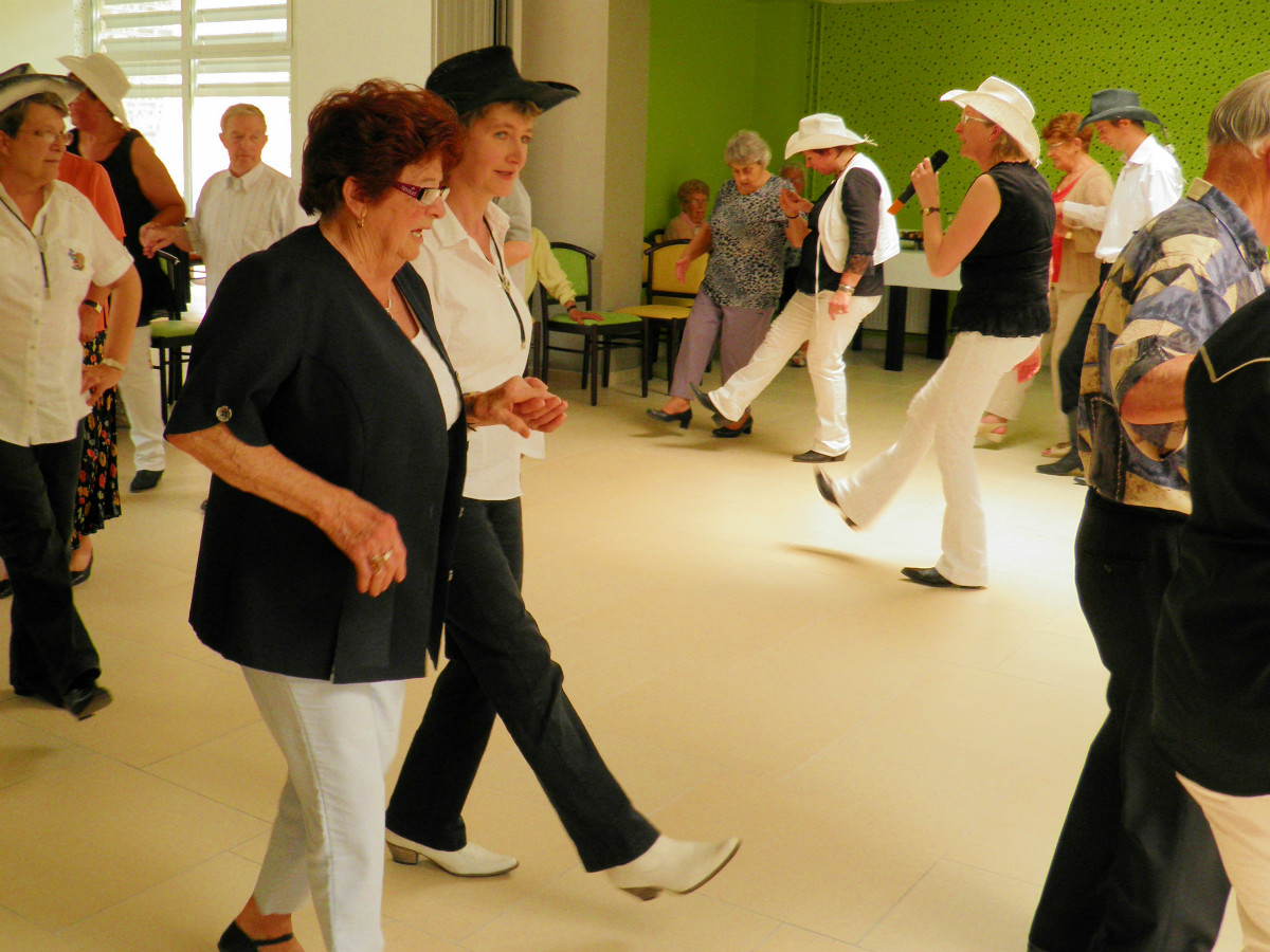 Animation danse country - Espace seniors